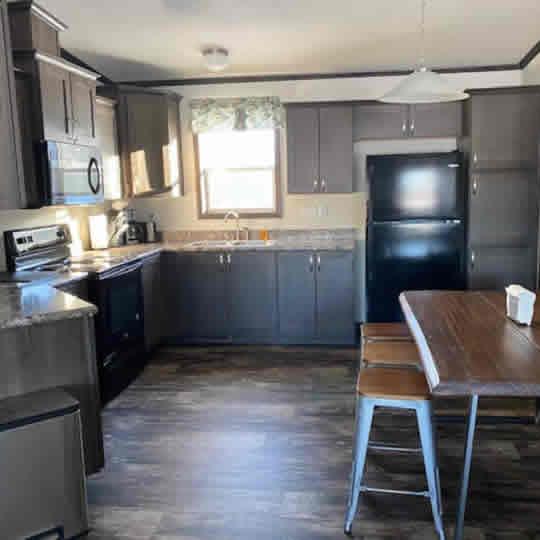 wolf-river-cottage-2-kitchen-sq